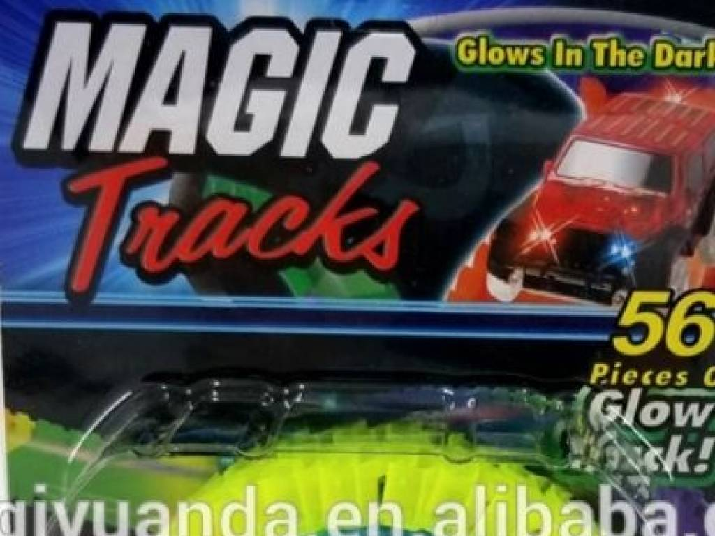 PISTA MAGIC TRACKS Brilla en la Oscuridad