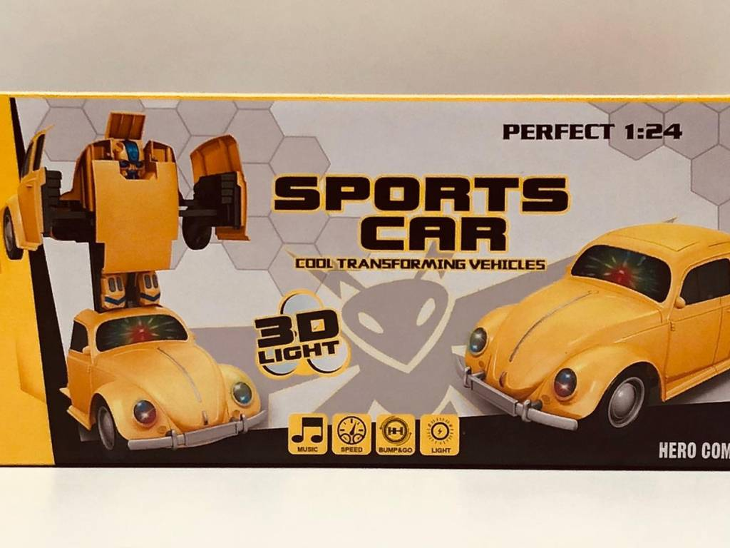 TRANSFORMER CON LUZ Y SONIDO SPORTS CAR 1-24 ESCALA